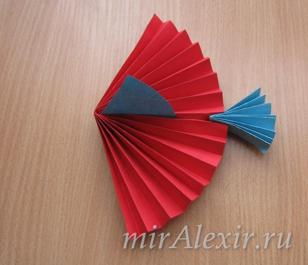 Поделки из цветной гармошки