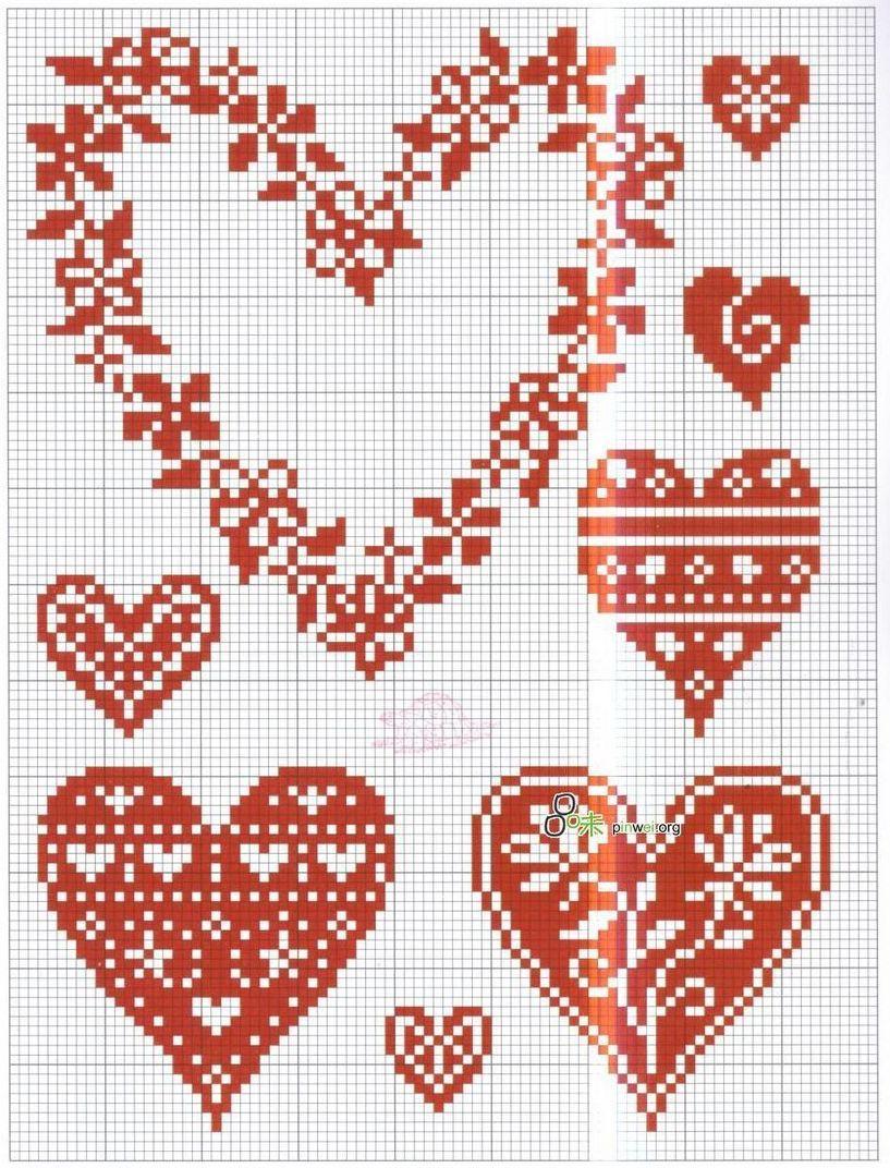 Маленькие вышивки крестом сердечки